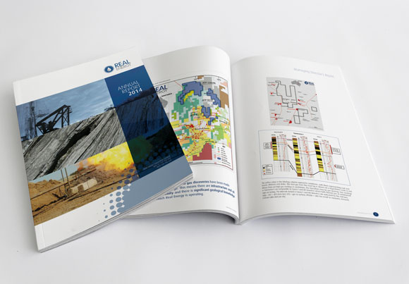 real-energy-ar-magazine-mockup-2